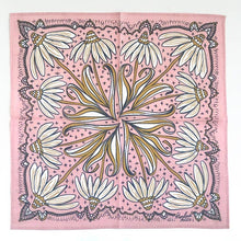 Load image into Gallery viewer, No. 029 Maude Bandana