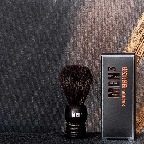MEN³ SHAVING BRUSH (SCHEERKWAST)