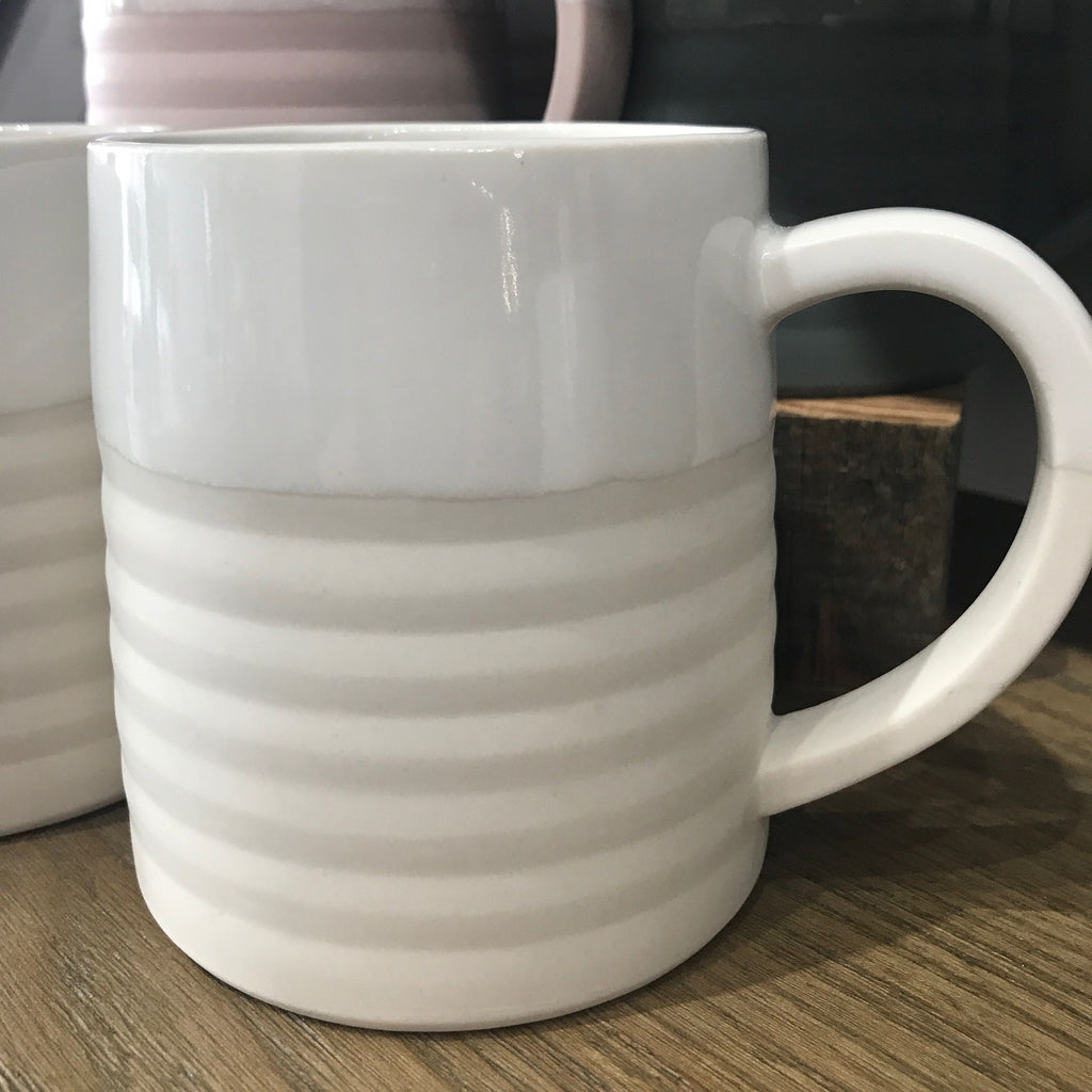 Hand made Porcelain Natural-White 12oz  Accordion Mug
