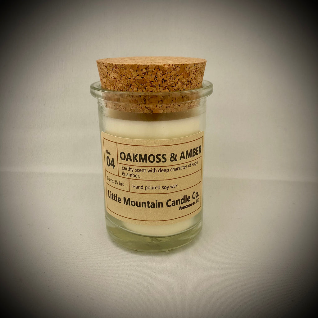 Oakmoss & Amber Candle No.04