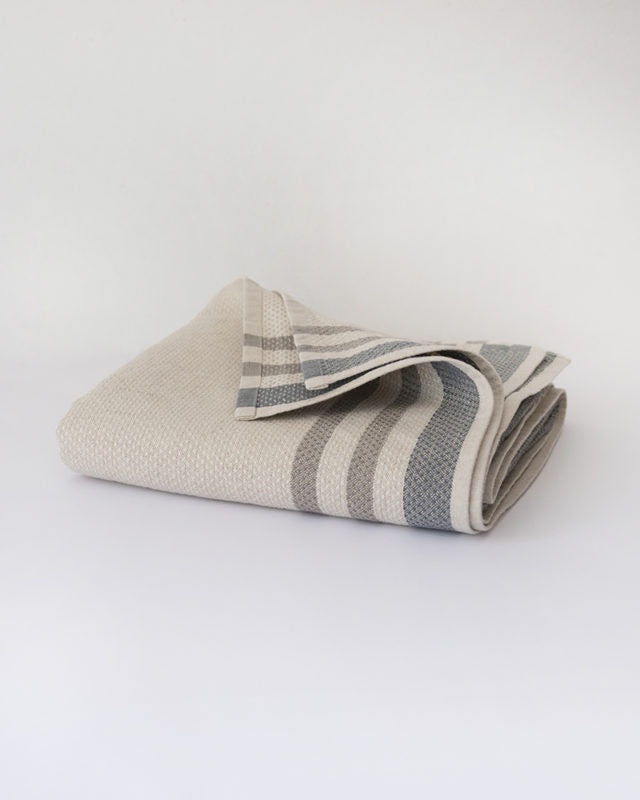 Mungo   42% GOTS Cotton and 58% Linen Bath Towel
