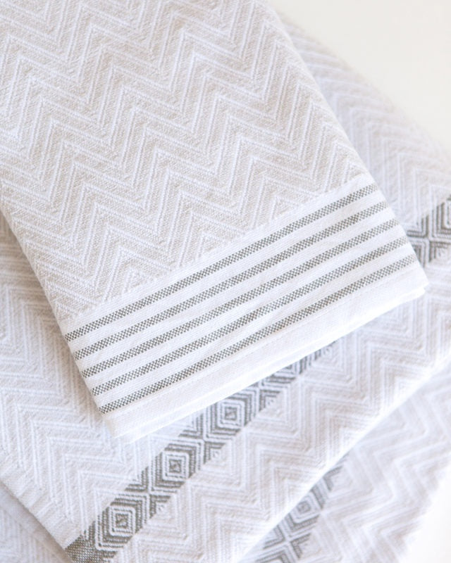 Mungo Tawulo Bath Sheet, Snow