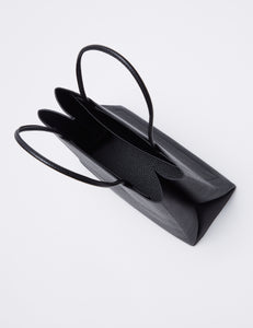 BLACK Grained cow leather TOTE S