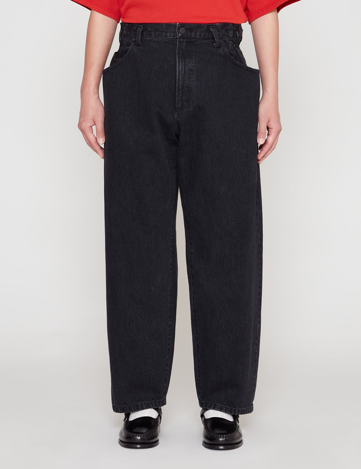 BLACK EX WIDE HOOKED DENIM JEANS