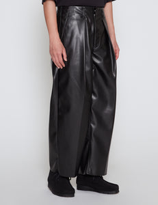 BLACK TUCK BAGGY WASHABLE LIGHT LEATHER PANTS