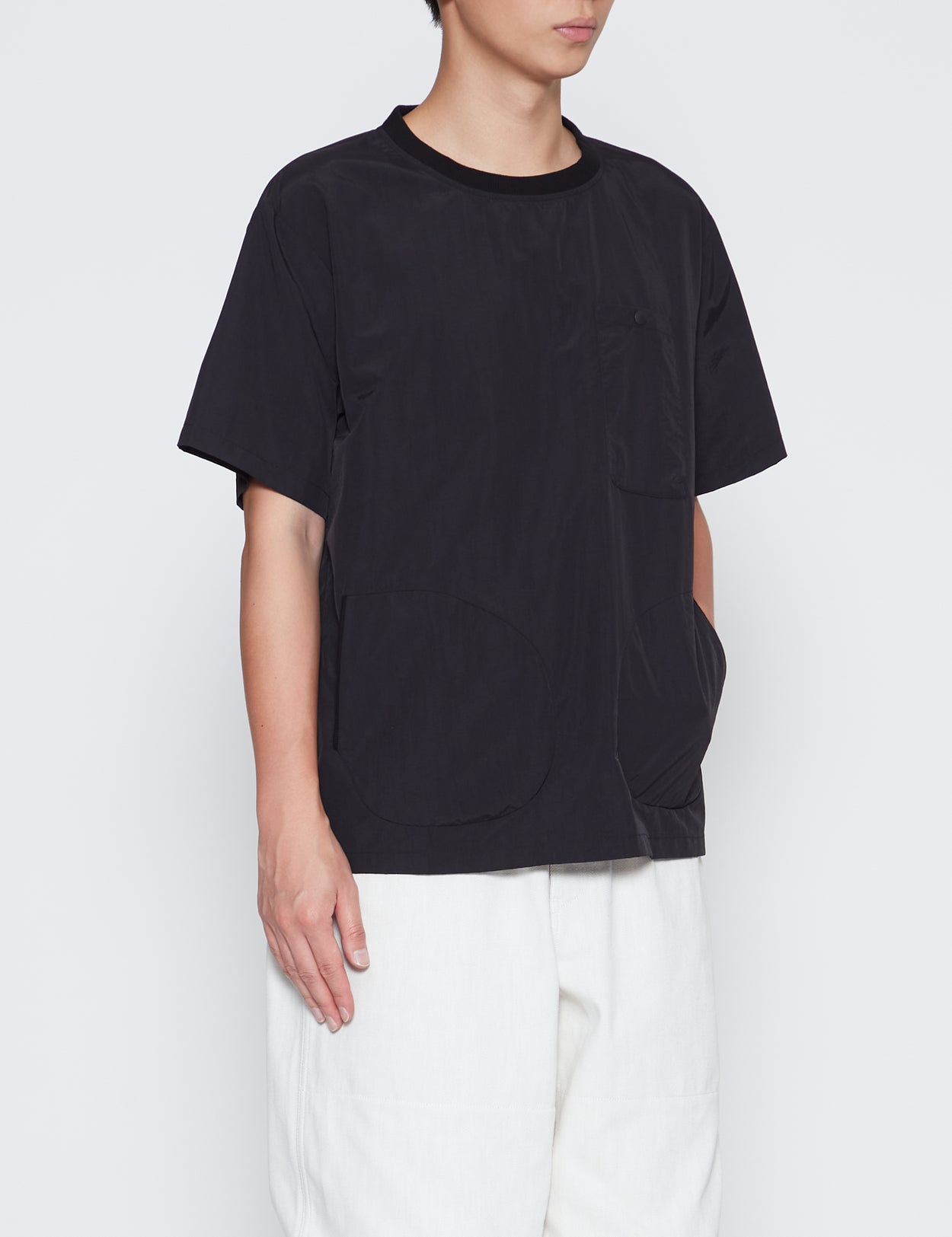 BLACK SUPPLEX SHORT SLEEVE POCKET T-SHIRT