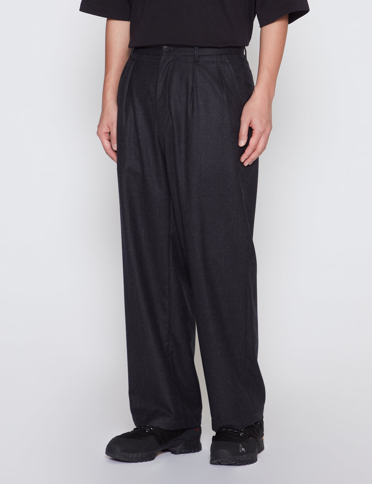 CHARCOAL TWO TUCK WIDE TROUSERS