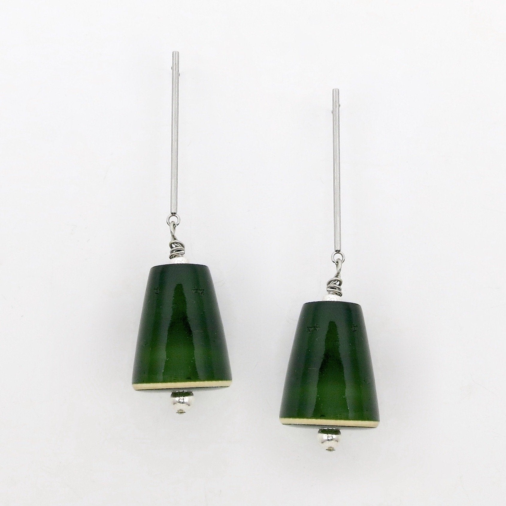 Minimally Chic earrings (available in 4 different colors) - Craft Stories