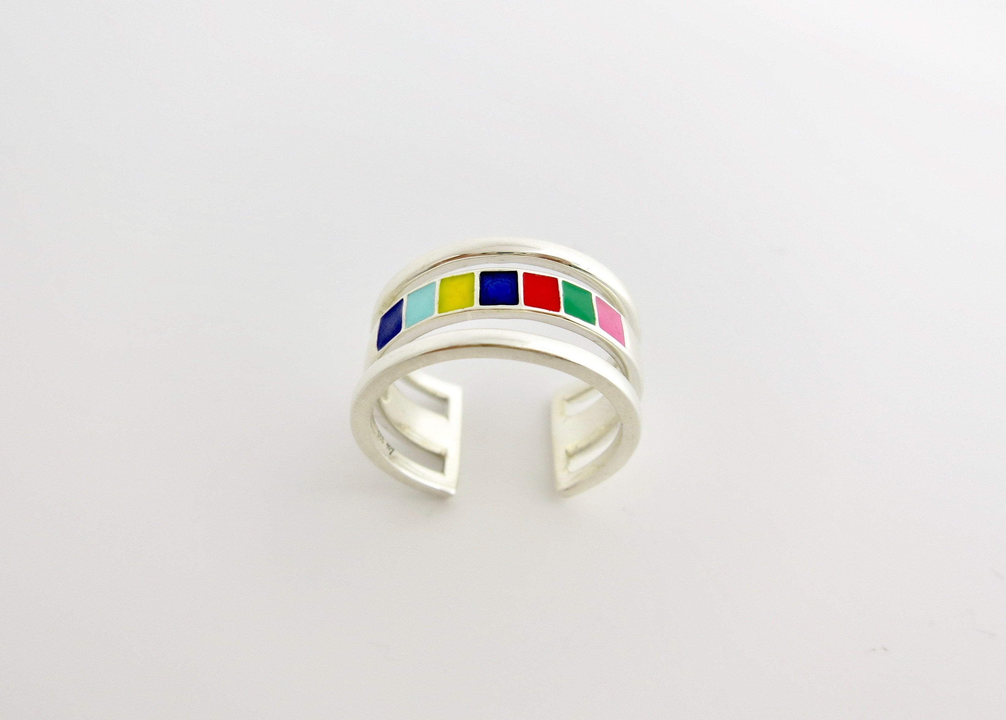 Won't-take-it-off, 'indradhanush' (rainbow) band ring - Craft Stories