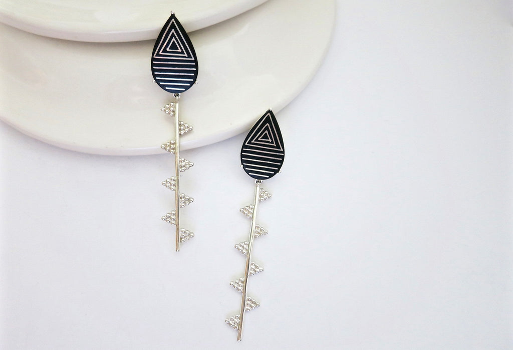 Exquisite, sleek, long Bidri earrings - Craft Stories
