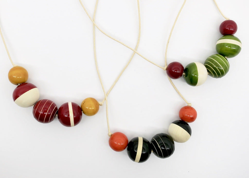 Parisian Chic Necklace (available in 4 different colors) - Craft Stories