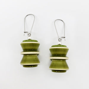 The Hourglass earrings (available in 4 different colors) - Craft Stories