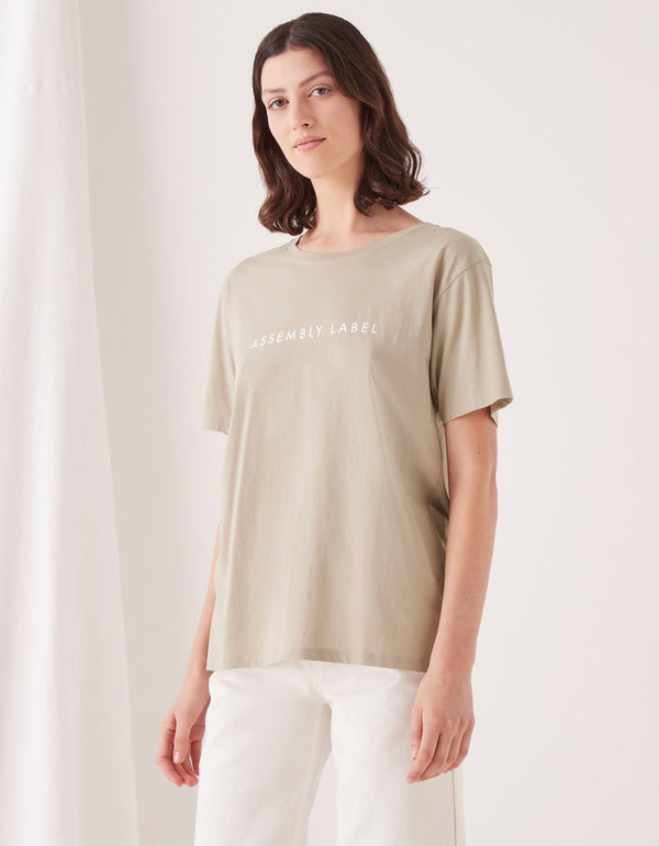 Assembly Label Logo Cotton Washed Tee Top Khaki