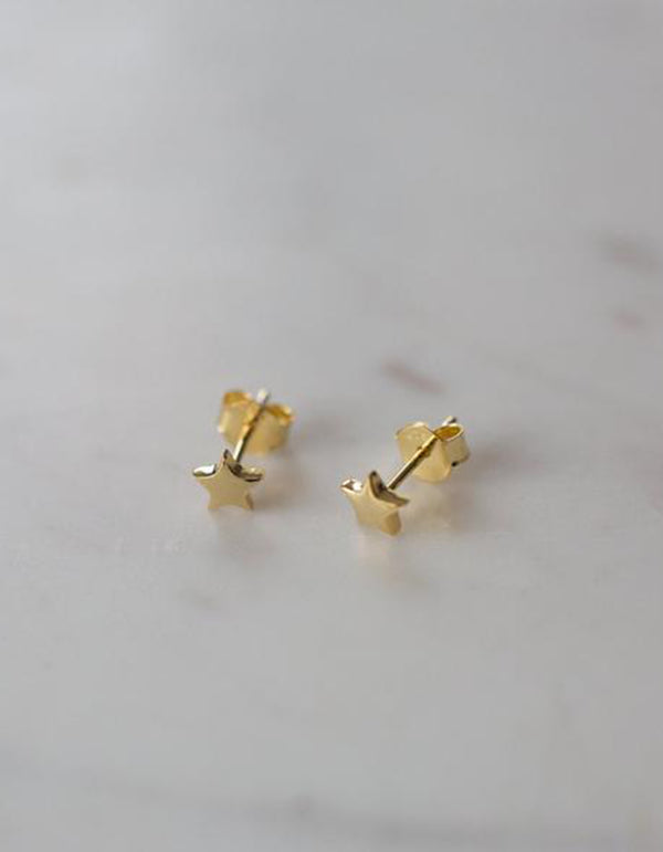 Sophie Store Twinkle Studs Gold