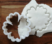 Load image into Gallery viewer, Hibiscus Flower Cookie Cutter Demo