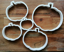Load image into Gallery viewer, Pumpkin Cookie Cutter set of 5