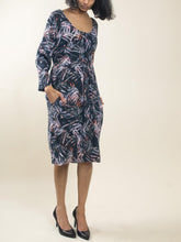 Load image into Gallery viewer, 3/4 Sleeve Printed Midi Dress