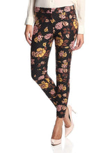 Load image into Gallery viewer, Mid-Rise Floral Print Ankle Trousers