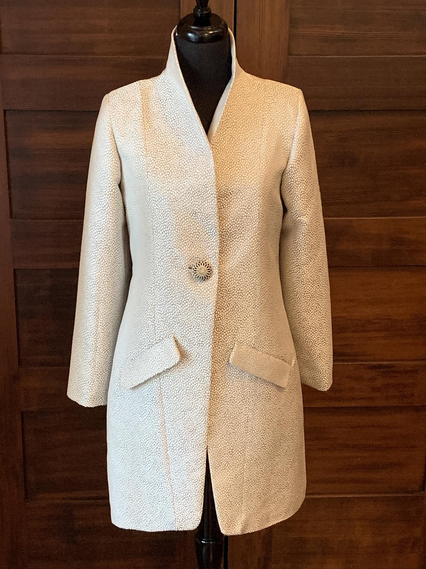 Long Sleeve Collared One-Button Blazer Coat
