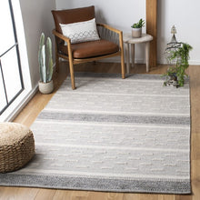 Load image into Gallery viewer, Safavieh Kilim Farmhouse Ivory & Grey Rug