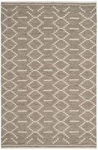 Load image into Gallery viewer, Safavieh Kilim Bohemian Gray & Ivory Rug