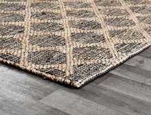 Load image into Gallery viewer, Luxury Collection - Mojave Black & Natural Rug