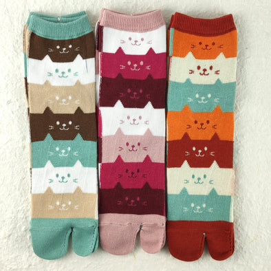 2 toe Japanese Tabi socks. Cute 3 cats and 2 dogs. Flip flop socks - Pac West Kimono
