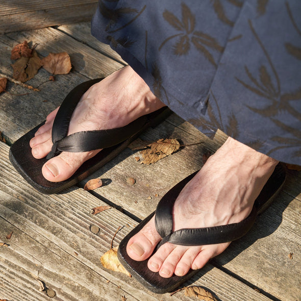 **50% off SALE** Mens Japanese Wood Geta Sandals 28cm Samurai sandals - Pac West Kimono
