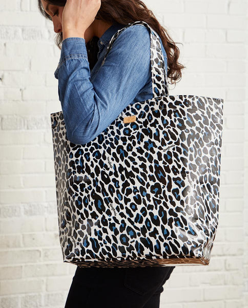 Consuela Lola Grab-N-Go Basic Tote Bag in Lola Snow Jag