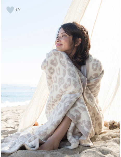 Barefoot Dreams COZYCHIC® In The Wild Throw in Cream/Stone