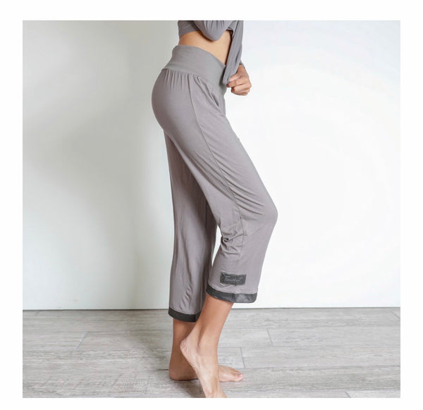 Faceplant Dreams Bamboo Capri Pant in Earl Grey