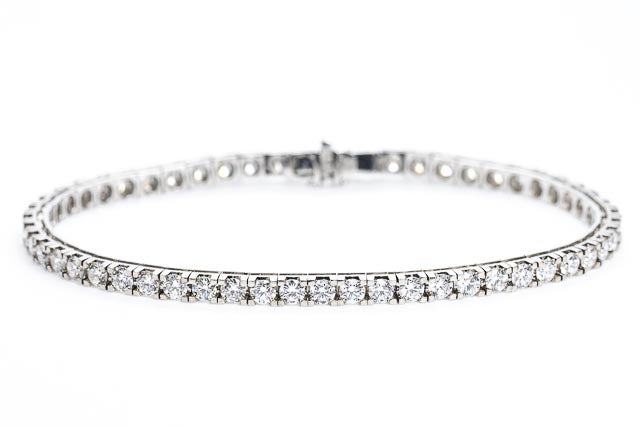 18ct Gold Tennis Bracelet