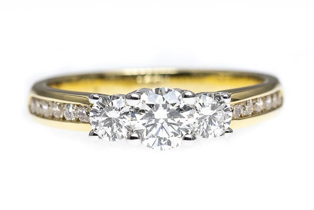 18ct Gold Trilogy Diamond Ring with Diamond Band