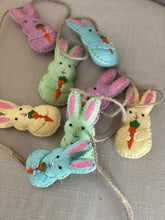 Load image into Gallery viewer, Easter Bunny Garland
