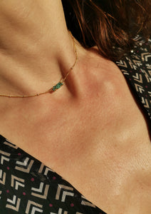 Collier boule tube turquoise