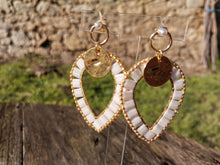 Laden Sie das Bild in den Galerie-Viewer, Boucles d'Oreilles Penjab Blanc