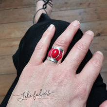 Load image into Gallery viewer, Bague réglable argent cabochon rouge