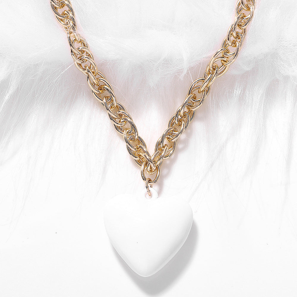 Sparkly Glitter Dazzling Resin heart-shaped necklace