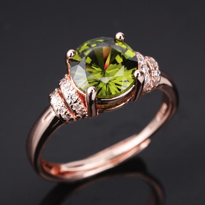 High-end temperament peridot women's birthday ring