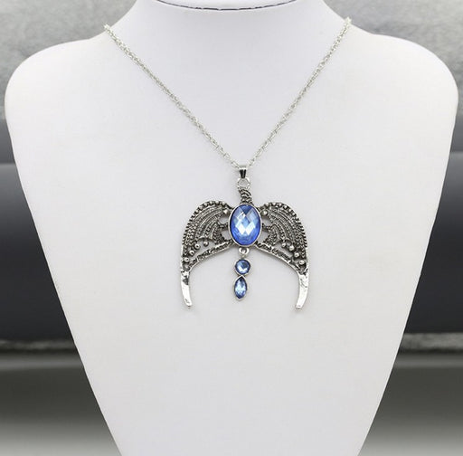 Retro wings angel oval gem sparkle choker