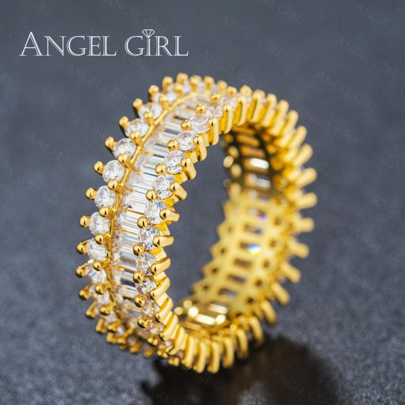 Gold creative fashion ring inlaid with zircon