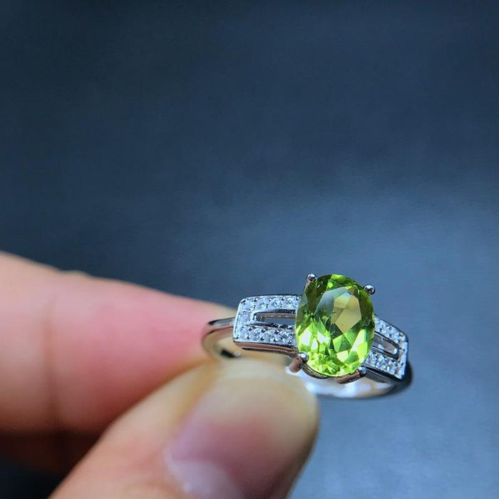 Frog design s925 sterling silver peridot women's birthday ring