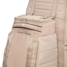 Load image into Gallery viewer, Douchebags The Hugger 30L Desert Khaki