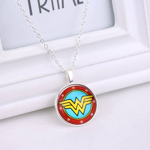 Collar Wonder Woman Encapsulado