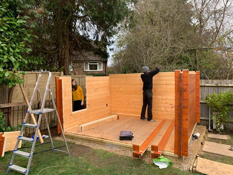 Building the walls of the Odysee garden office