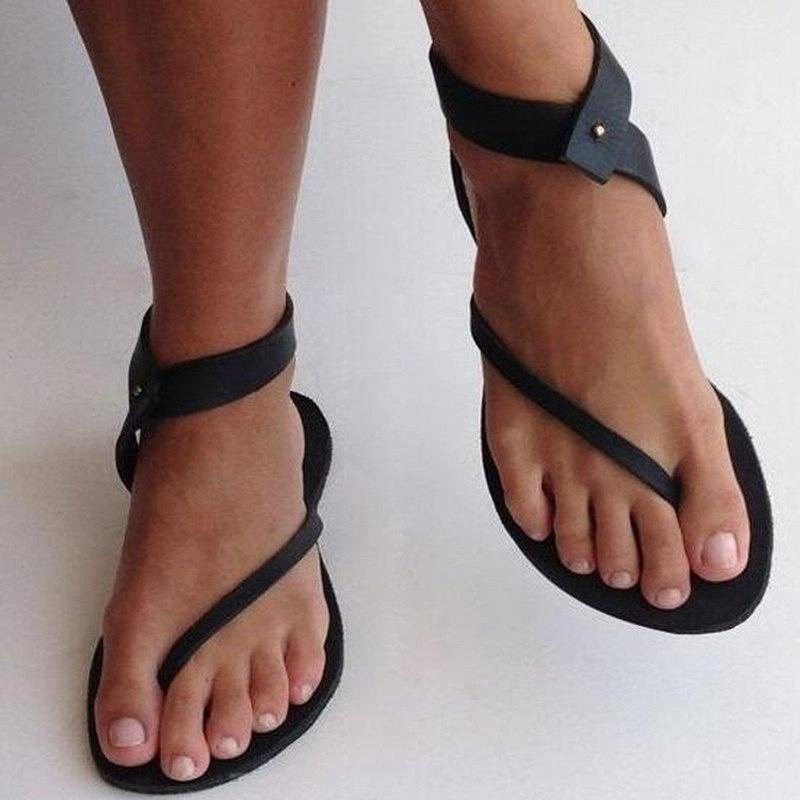 ARTY SANDALS