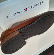 Load image into Gallery viewer, Tommy Hilfiger Leather Mix Shoe Cognac