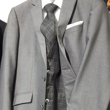 Load image into Gallery viewer, Matt O'Brien Fashions Magee Grey Suit