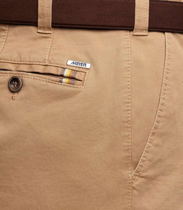 Meyer Oslo Camel Chino close