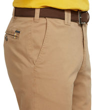 Load image into Gallery viewer, Meyer Oslo Camel Chino Side